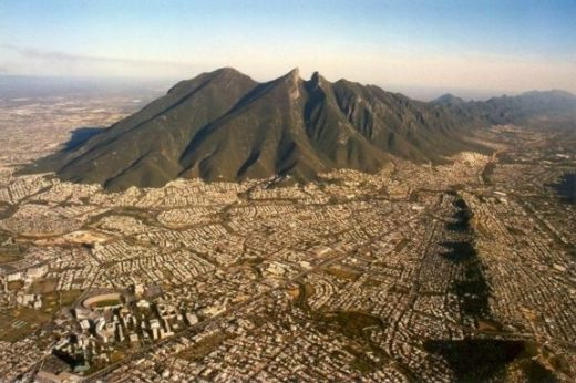 desde-mi-bella-ciudad-mil-besos-monterrey-mexico+1152_13488103689-tpfil02aw-9948