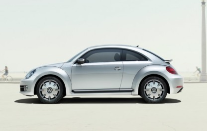 2014-volkswagen-ibeetle-side-view