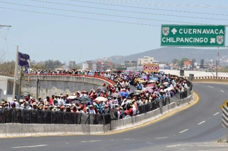 Acapulco_Autopista_Bloqueada-4