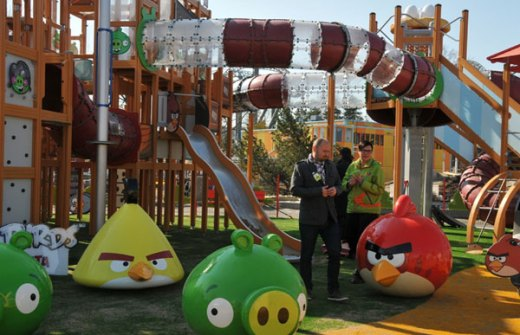 angry-birds-land-theme-park-03